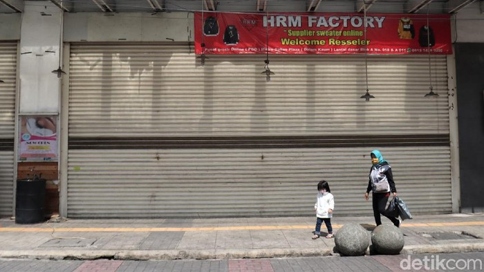 Pusat perbelanjaan di Kota Bandung tutup selama PPKM Darurat. Penutupan dilakukan guna cegah terjadinya kerumunan yang dapat tingkatkan risiko penyebaran Corona