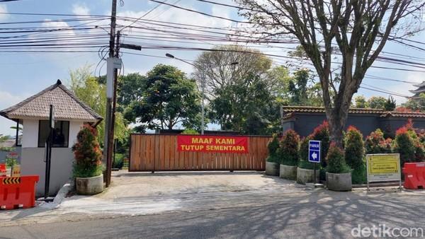 Tak terlihat aktivitas para wisatawan yang biasanya kerap datang ke sejumlah objek wisata di kawasan Lembang saat akhir pekan maupun libur panjang.