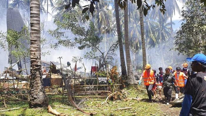 Pesawat militer Filipina mengalami kecelakaan imbas gagal mendarat hingga kemudian terbakar. Total ada 29 orang yang dilaporkan tewas dalam insiden tersebut.