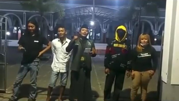 viral penolakan masjid ditutup