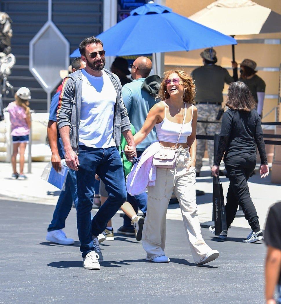 Ben Affleck & Jennifer Lopez di Universal Studios Hollywood