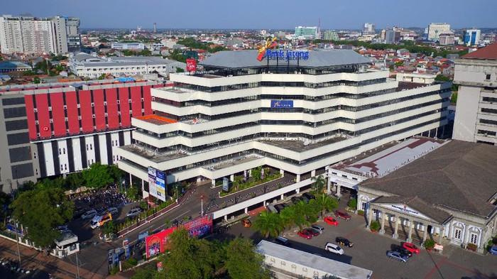 Gedung Bank Jateng