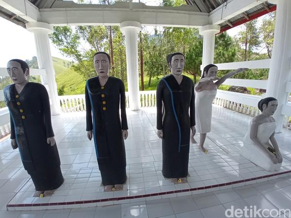 Ini putri-putri dari Guru Tatea Bulan. Salah satunya adalah Sibiding Laut yang dipercaya sebagai Nyi Roro Kidul. (Bonauli/detikcom)
