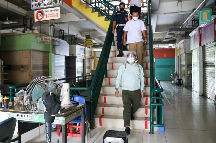 Sidak 2 Pasar di Jaksel, Cak Imin: Masyarakat Harus Disiplin Prokes!
