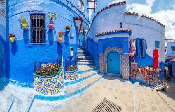 Menurut sejarah, dulunya Chefchaouen hanyalah benteng kecil yang disebut Kasbah yang digunakan Maroko untuk melawan Portugis.