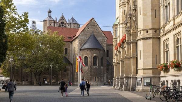Kota Braunschweig mengombinasikan gaya hidup kaum urban dengan bangunan-bangunan bersejarah yang sudah ada sebelumnya, menjadikan kota ini sangat hidup dan cocok buat anak muda. (Getty Images/Ilari Nackel)