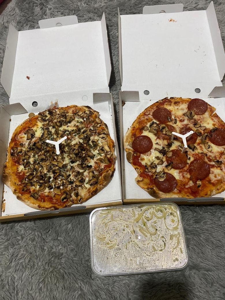 Mamma Mia! Renyah Gurih Pizza Autentik RomaBuatan Chef Italia