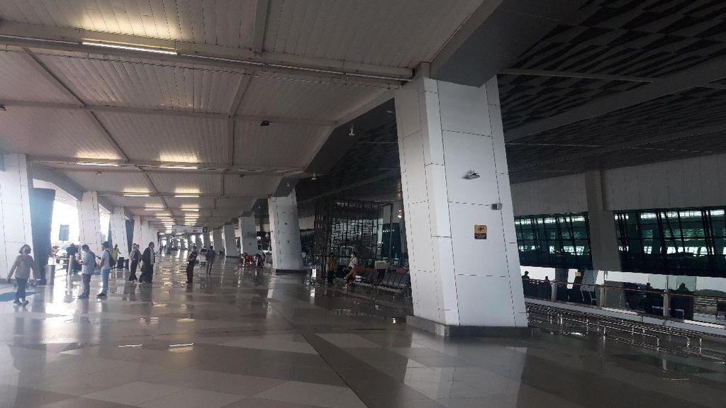 Sepinya Terminal 3 Bandara Soetta di Hari Keempat PPKM Darurat