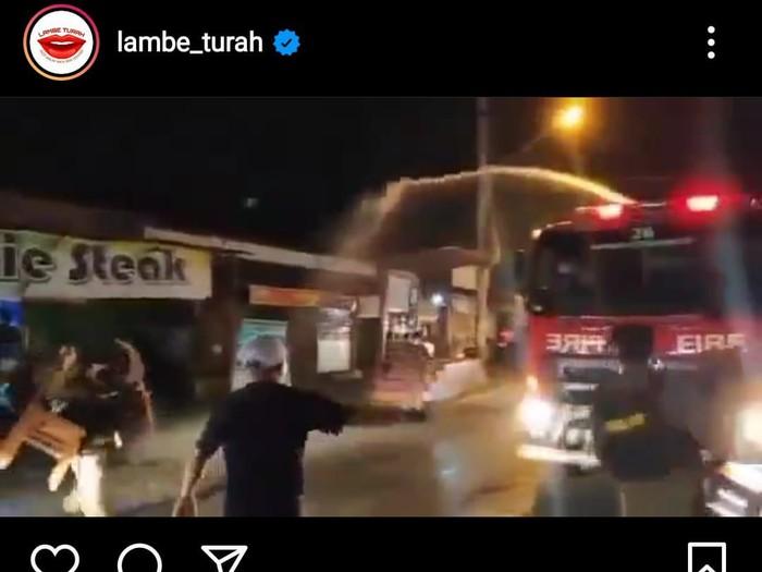 Video Satpol PP semprot warung makan saat penertiban PPKM Darurat di Kota Semarang