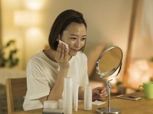Viral Cara Wanita Pakai Skincare, Berlapis-lapis Bikin yang Lihat Capai Duluan