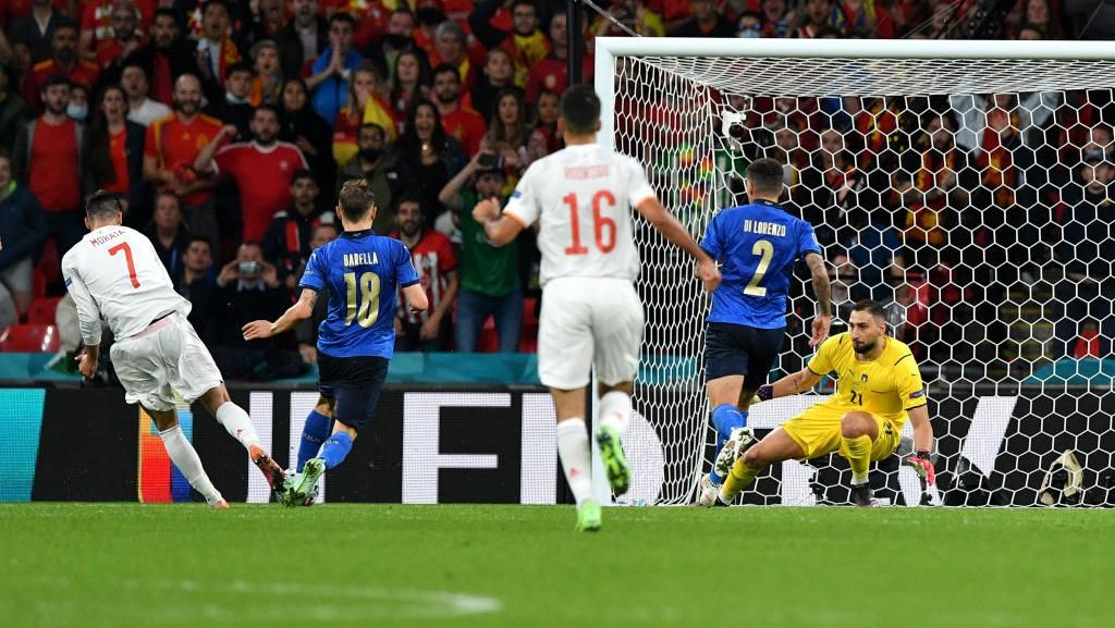 Luapan Kegembiraan Pendukung Italia Lolos ke Final Euro 2020