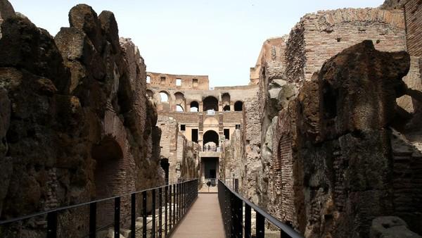 Dahulu area bawah tanah Colosseum adalah tempat untuk menyimpan hewan liar dan gladiator. (Getty Images)