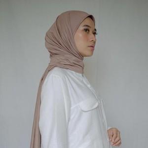 7 Tutorial Hijab Pashmina Bahan Jersey Bikin Pipi Tirus
