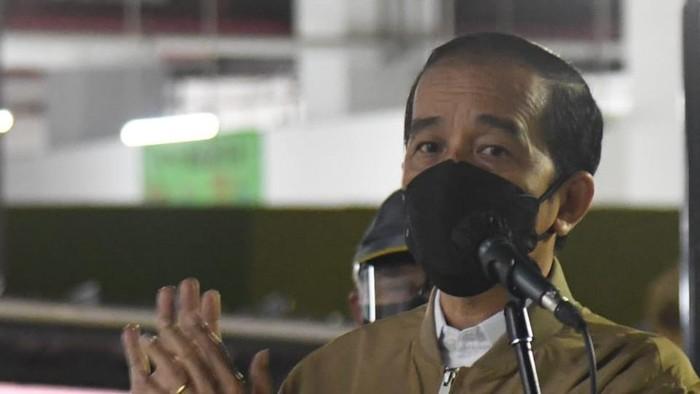 Jokowi Tinjau Rusun Pasar Rumput