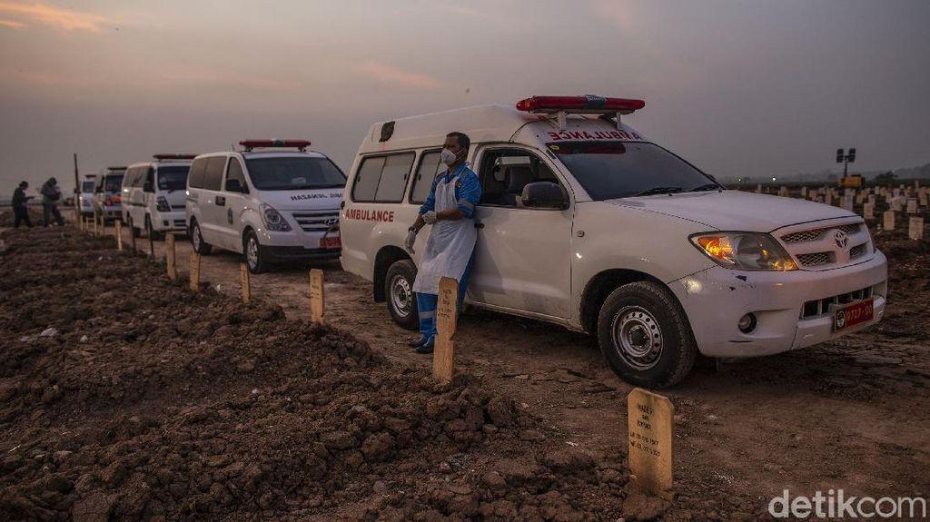 Sesal Sopir Ambulans saat Pasien COVID Meninggal: Mau Marah tapi Sama Siapa?