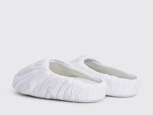 Disebut Sandal Berkafan, Selop Maison Margiela Dijual Rp 6 Juta