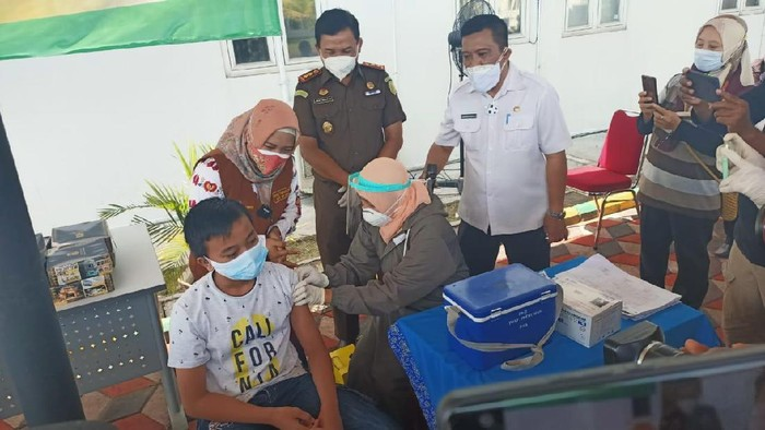 Vaksinasi Anak di Kota Mojokerto