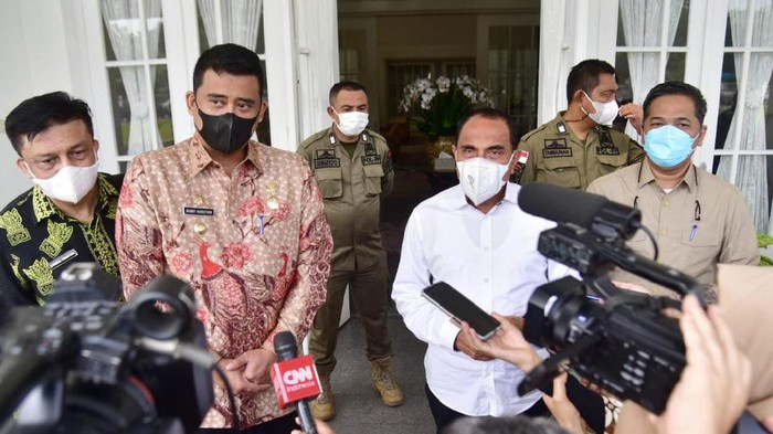 Bobby Nasution (masker hitam)-Edy Rahmayadi (kemeja putih)-(dok. Istimewa)