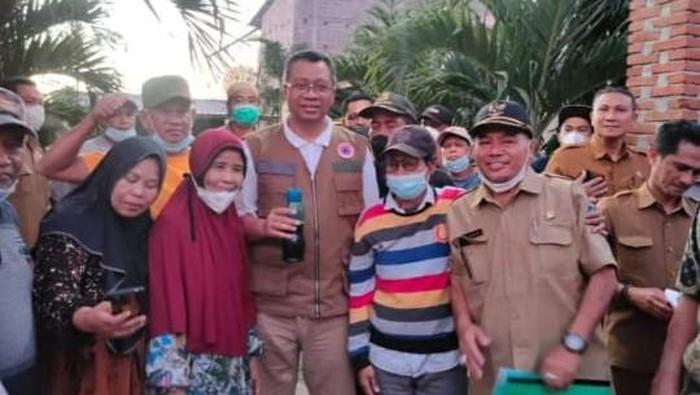 Gubernur NTB Zulkielimansyah kunjungi warga tanpa pakai masker
