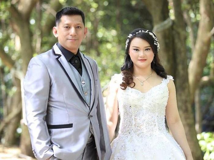 Batal nikah, Foto pasangan Widya Chandra dan Herman.