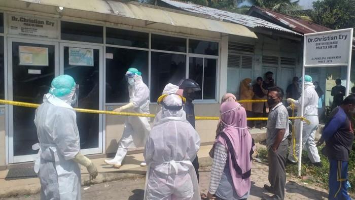Lokasi penemuan mayat dokter di tempat praktik di Riau (dok. Istimewa)