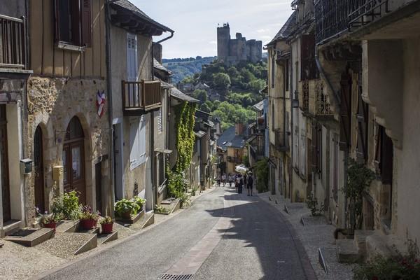 Najac berada di Provinsi Rouergue. Ini merupakan salah satu desa wisata nan cantik di Prancis.