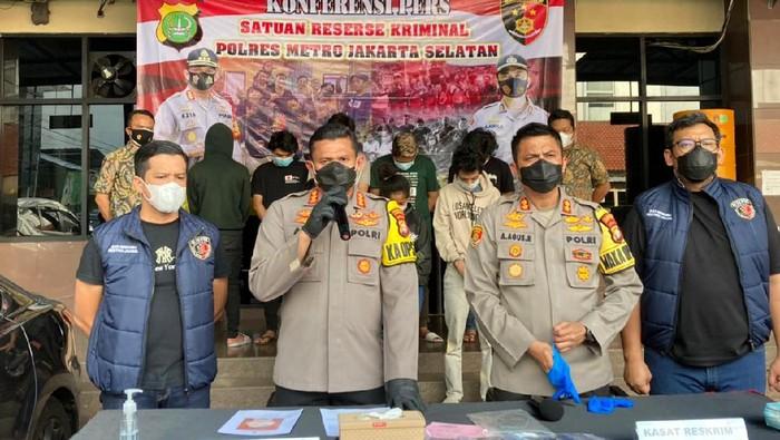 Polisi tangkap geng motor penyerang polisi di Cilandak