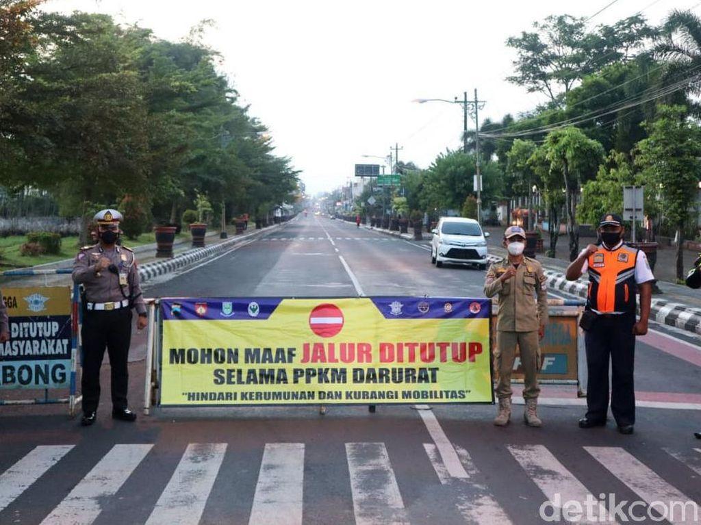 PPKM Darurat Diterapkan di 15 Daerah Luar Jawa-Bali, Ini Daftarnya!