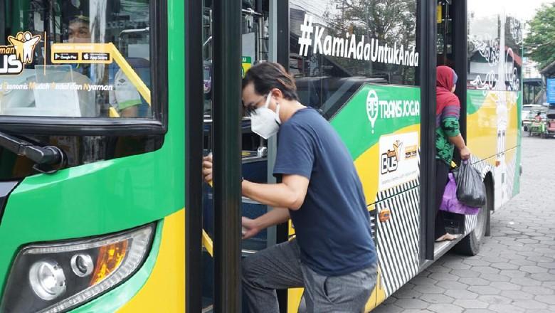 Teman Bus