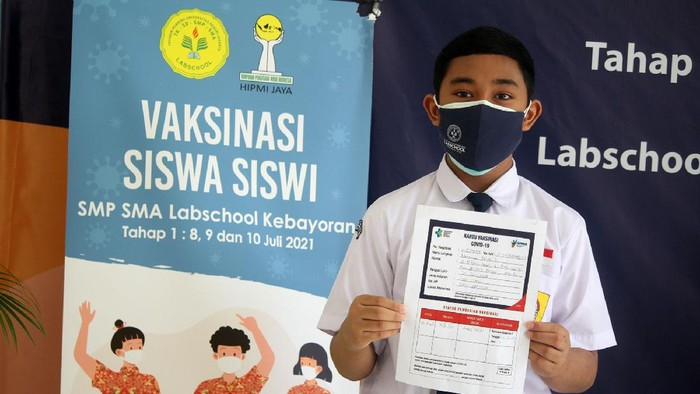 PT Maming Enam Sembilan Group dan HIPMI Jaya menggelar vaksinasi COVID-19 di Jakarta. Kegiatan itu untuk percepatan program vaksinasi nasional.