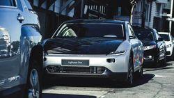 Jos! Sekali Charger Mobil Solar Panel Listrik Ini Bisa Lari Hingga 709 Km