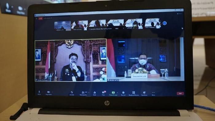 Menteri Pertanian Syahrul Yasin Limpo mengisi ceramah umum di hadapan peserta pelatihan kepemimpinan di BPSDM Jatim. Ceramah umum disampaikan secara virtual.