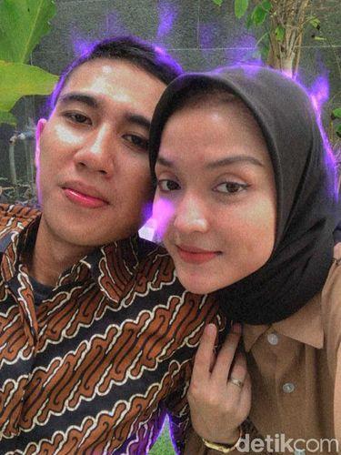 Pasangan Tiara dan Iqbal.