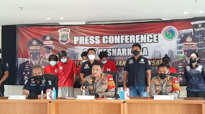 Pemasok narkoba ke kalangan jetset ditangkap polisi