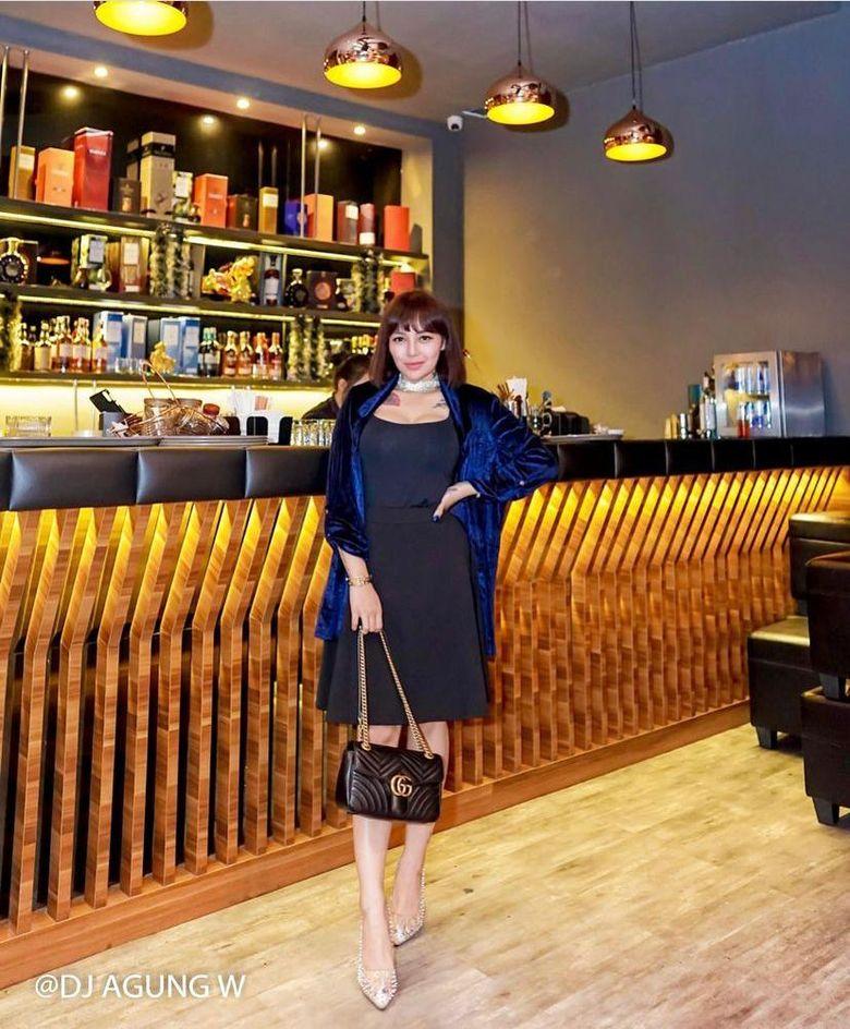 Keseruan Nadia Chrstina Menikmati Es Krim saat Liburan ke di Turki