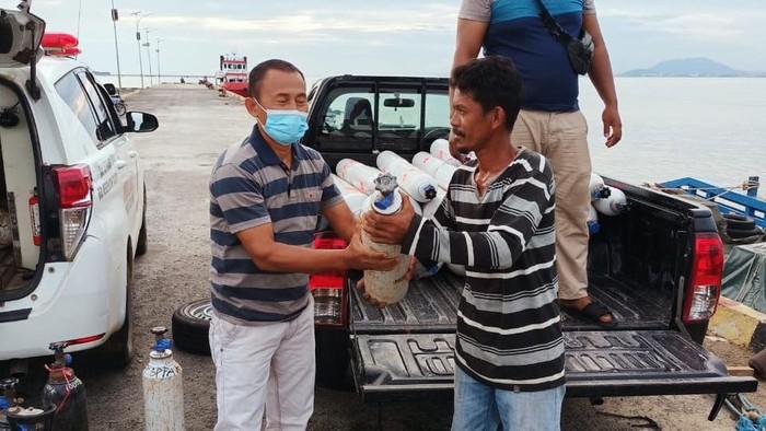 Pasokan Tabung Gas di Kepulauan Sebatik