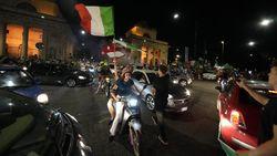 Italia Juara Euro 2020, Ribuan Pengendara Tumpah ke Jalan Berpesta Pora