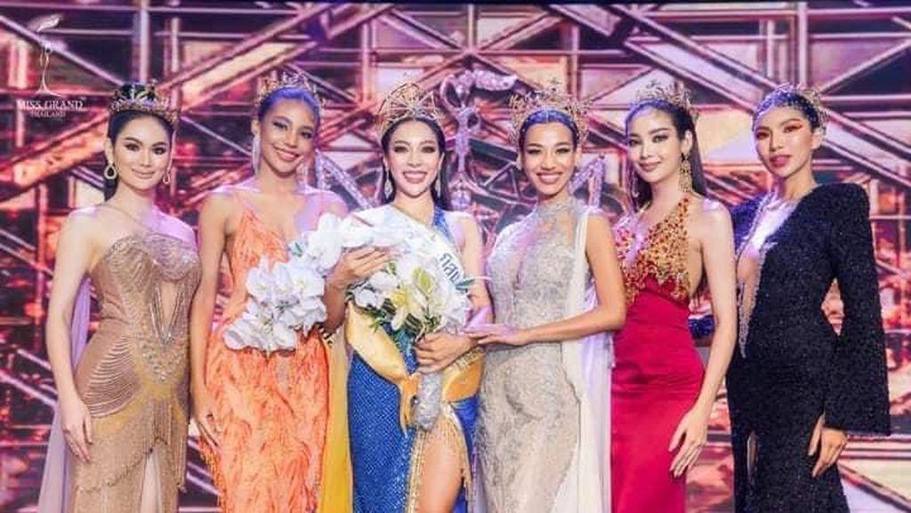 Foto: Kontes Kecantikan Ini Jadi Klaster Corona, Finalis Tak Pakai Masker