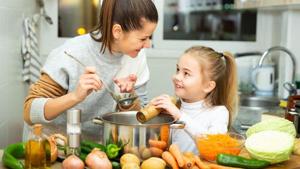 6 Pola Makan Ini Bantu Perkuat Daya Tahan Tubuh Si Kecil Saat Pandemi