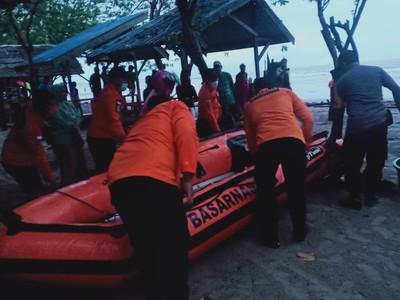 11 Wisatawan Pantai Batu Gong Terseret Ombak, 1 Tewas, 2 Hilang