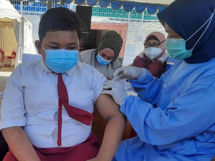 vaksin anak di surabaya