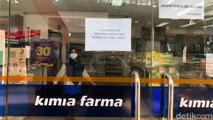 Vaksinasi Gotong Royong Individu Berbayar Kimia Farma ditunda