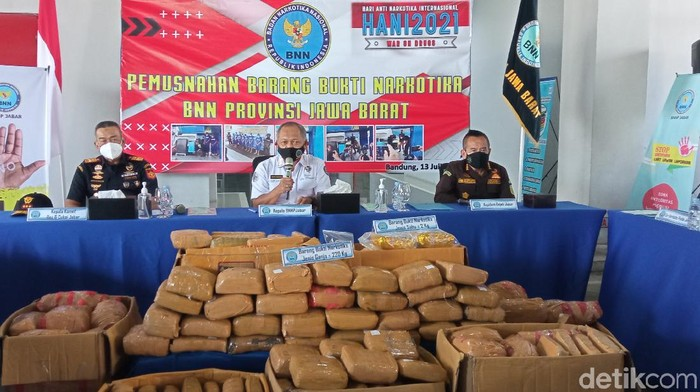 BNN Jabar gagalkan penyelundupan 200 kg ganja
