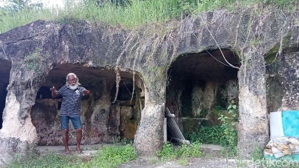 Penampakan Gua sudah 10 Tahun Ditinggali Kakek Hais
