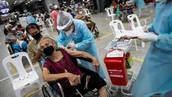 Demi meningkatkan perlindungan, pemerintah Thailand akan mencampur Vaksin Sinovac dengan AstraZeneca untuk menggempur Varian Delta.