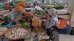 Pedagang Keluhkan Penurunan Omzet Selama PPKM Darurat
