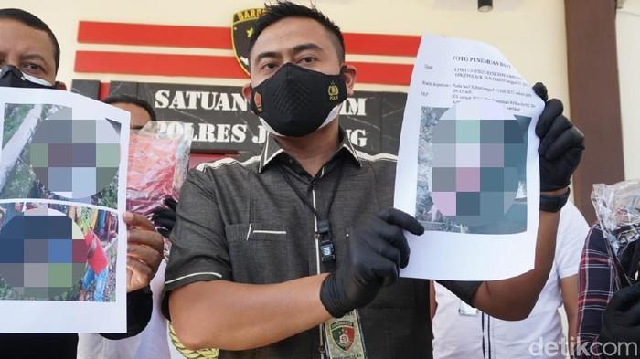 Masih ingat dengan mayat bayi yang ditemukan warga di sungai Kecamatan Sumobito, Jombang? Bayi laki-laki itu lahir dari rahim seorang siswi kelas 3 SMP.