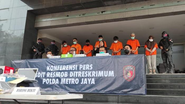 Polda Metro tangkap pelaku pemalsuan surat swab via Facebook