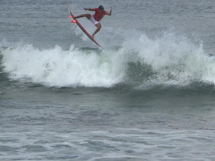 Surfing Indonesia membidik medali di Olimpiade 2020.