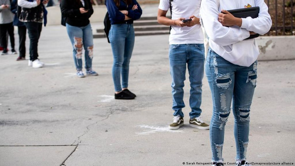 California Hapus Aturan Jaga Jarak di Sekolah Meski Siswa Berisiko Kena Corona